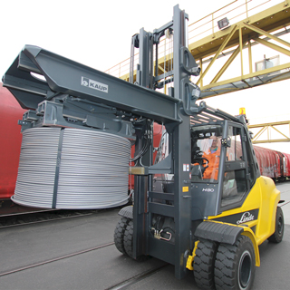 The company Badischen Drahtwerke GmbH transports coils of wire with a KAUP Coil Clamp.
